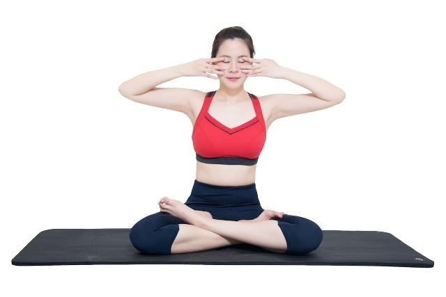 Tập luyện những bài tập đơn giản giúp giảm beo bụng sau sinh