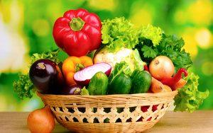 Người bệnh ung thư nên ăn nhiều rau củ quả tươi
