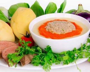 Trẻ bị rối loạn tiêu hóa cần chú ý chế độ ăn mềm, lỏng, chứa nhiều chất xơ hòa tan