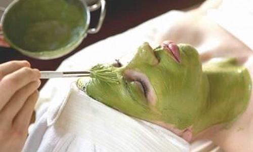 Trị nám da mặt bằng đậu xanh được nhiều chị em áp dụng