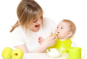 Thực đơn ăn dặm cho bé 8 tháng tuổi nhẹ cân