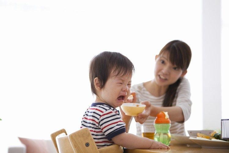 trẻ biếng ăn,lười ăn
