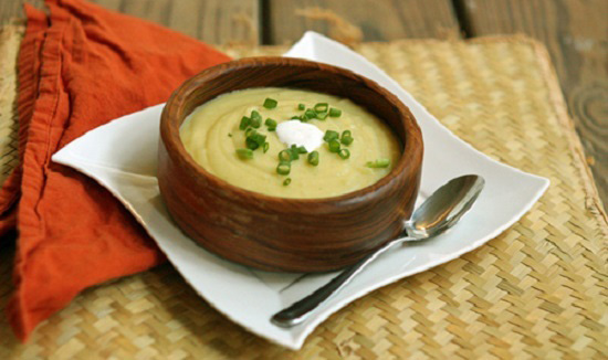 Súp khoai tây phô mai là món ăn giúp tăng cường hấp thu tốt hơn