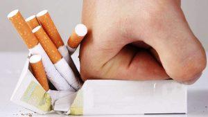 Hút thuốc lá dẫn đến nguy cơ mắc bệnh ung thư dạ dày cao