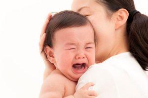 Nguyên nhân trẻ hay khóc đêm
